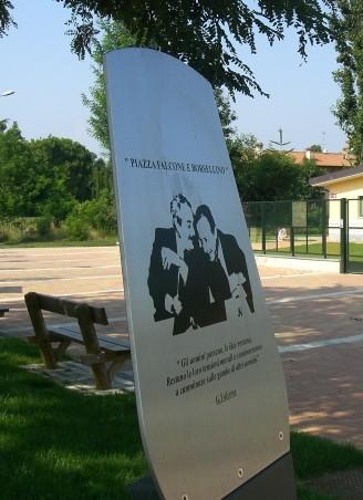 piazza falcone e borsellino, Cassinetta di Lugagnano